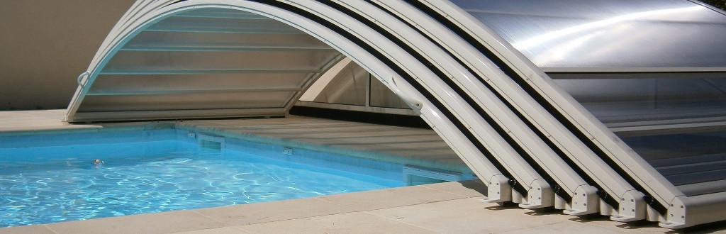 D couvrez nos abris bas et tr s bas pour votre piscine par for Aladdin abri piscine