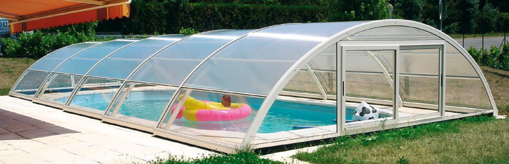 Notre gamme d 39 abris de piscine semi hauts aladdin concept for Aladdin abri piscine