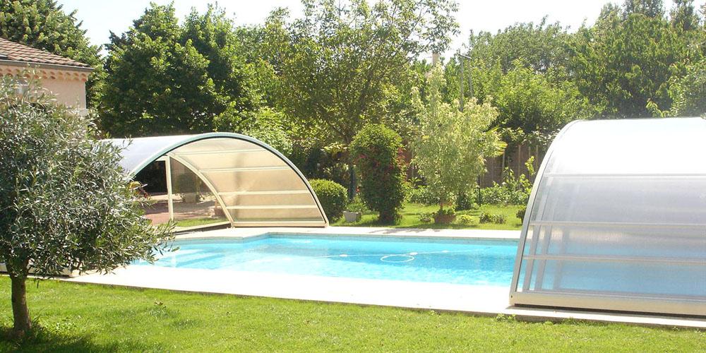 Abri de piscine semi-haut ouverture